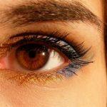 ふたえ瞼は簡単に作れる?メイクやつけまでふたえを作る方法まとめ!